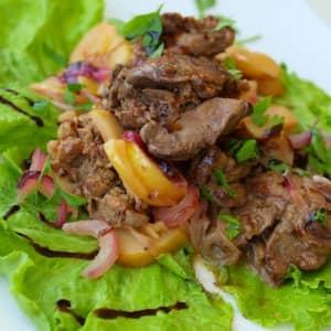 Салат посевной с печенью